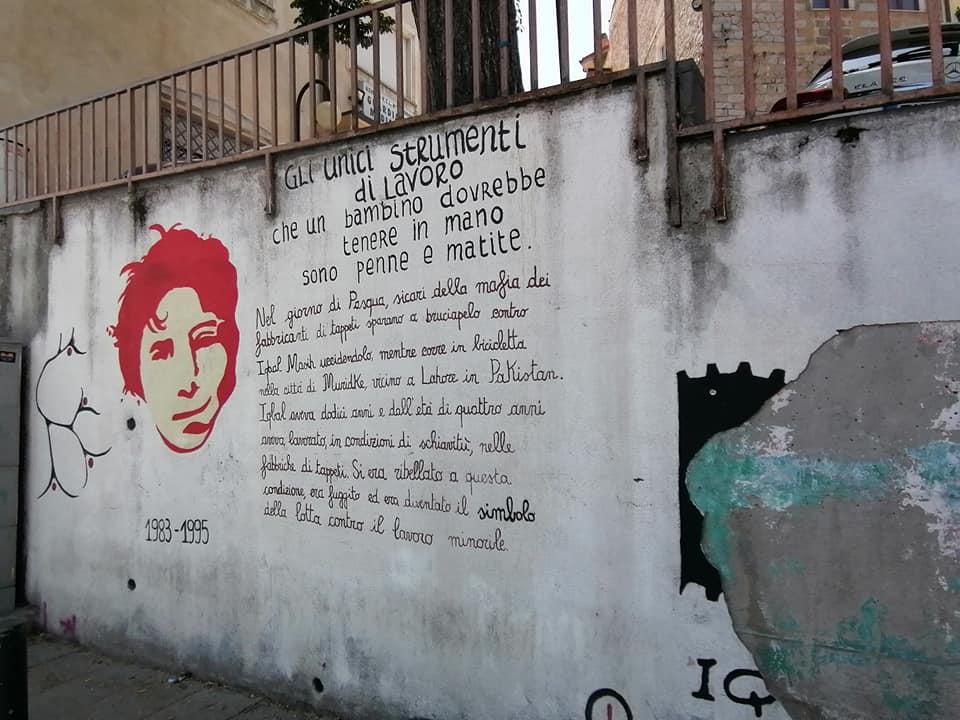 escursione a orgosolo: il murale dedicato alla lotta contro il lavoro minorile